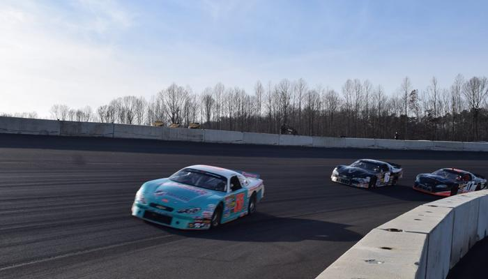 Dominon Raceway Goes Nascar1