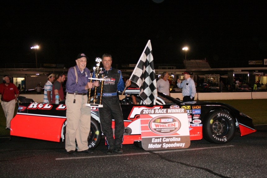 Louis White Steals a Win at East Carolina in second Late Model Feature.